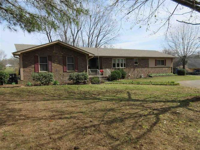 165 Addison Ln, Adamsville, TN 38310