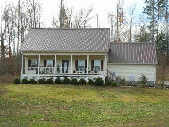 3690 County Home Rd, Savannah, TN 38372