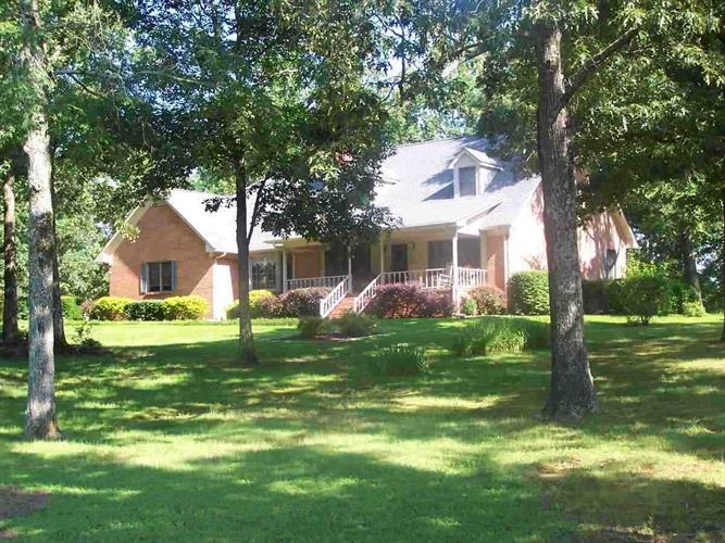 60 Carpenter Ln, Savannah, TN 38372
