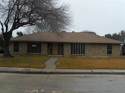 1605 Valleycrest Lane  Carrollton, TX MLS# 12090391