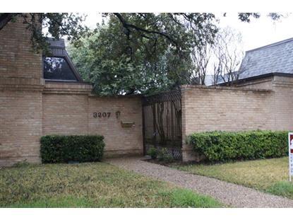 3207 Stonehenge Lane  Carrollton, TX MLS# 13087085
