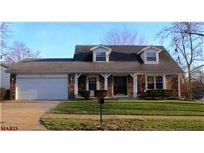 552 Cherry Ridge CT, Ballwin, MO