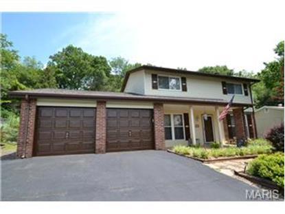 53 East Lakewood Drive Fenton, MO MLS# 14039632