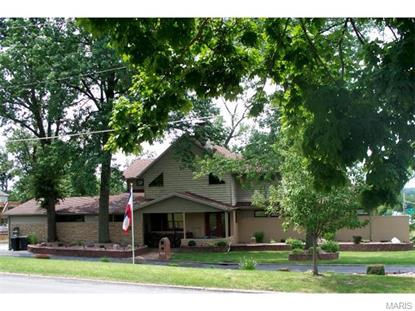 909 Country Club Hannibal, MO MLS# 15044046