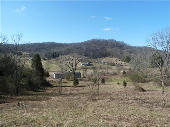5089 Campbellsville Pike, Culleoka, TN 38451