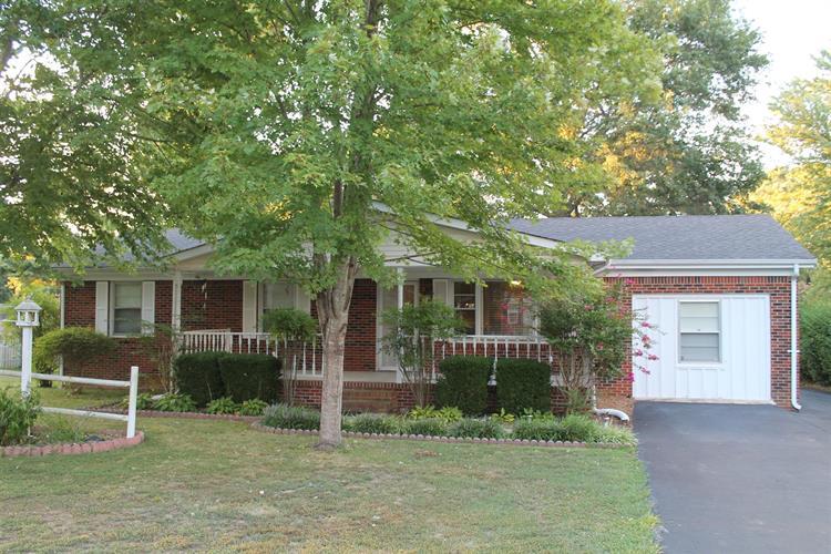 422 Limbo Dr, Hillsboro, TN 37342