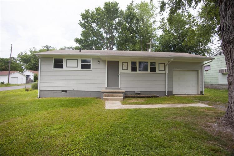 401 Oakwood Rd, Tullahoma, TN - USA (photo 1)
