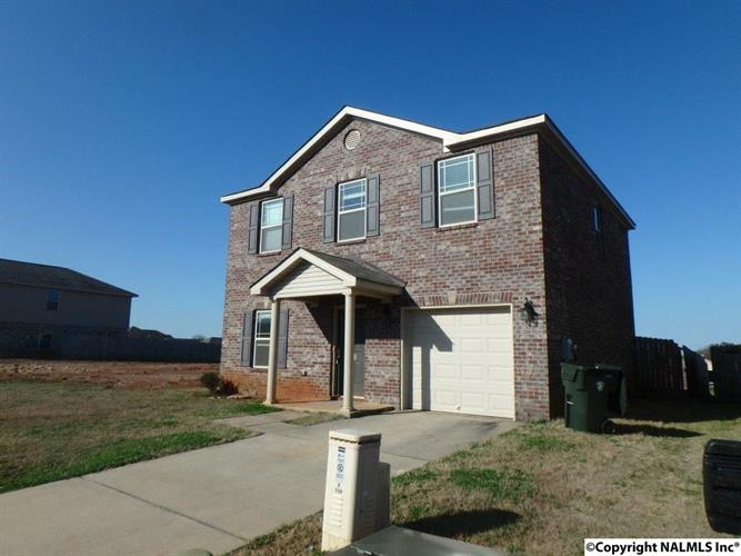 138 Pitts Griffin Dr, Madison, AL 35756