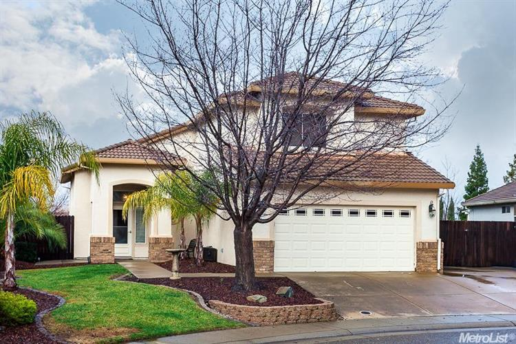 297 Hornsby Ct, Folsom, CA 95630