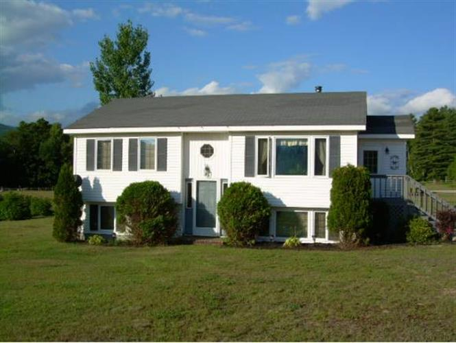 11 Hayes Rd, Shelburne, NH 03581