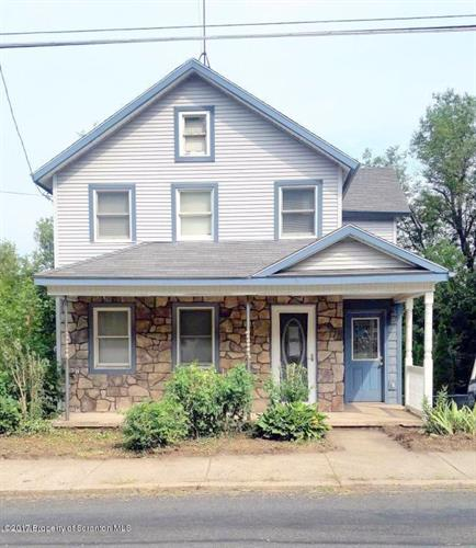 97 Pike St, Carbondale, PA 18407