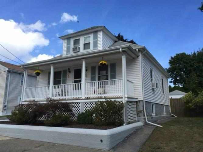 288 Mauran Ave, East Providence, RI 02914