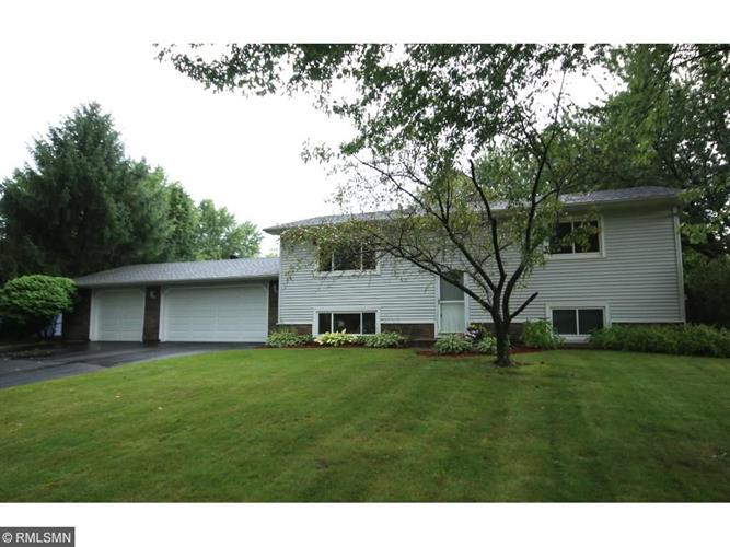 6425 Rice Court, Lino Lakes, MN 55014
