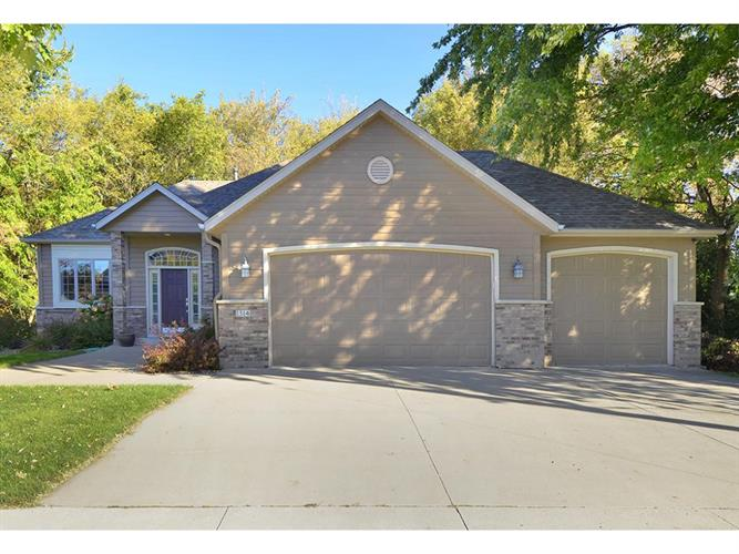 1314 Newhall Dr, Faribault, MN 55021