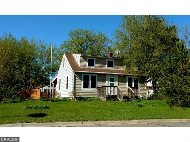 1003 Grove St, Brainerd, MN 56401