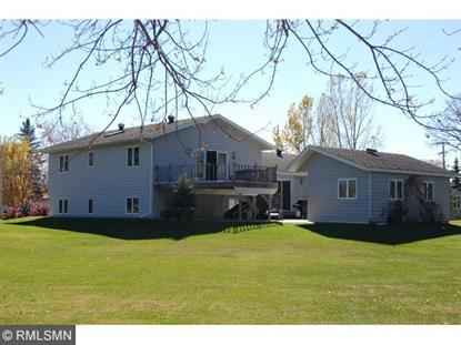 401 9th St NE, Staples, MN 56479