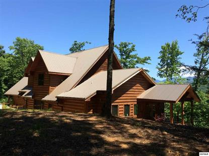 554 Crest Rd Gatlinburg, TN MLS# 203918