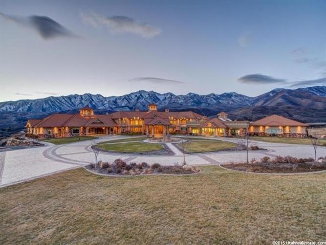 8272 E LEFT HAND FORK HOBBLE CREEK  N, Springville, UT 84663