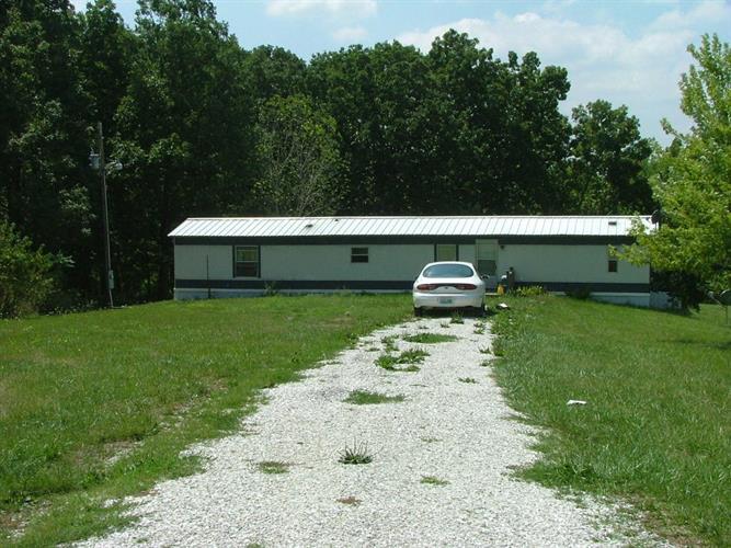 1776 County Road 2675, Clark, MO 65243