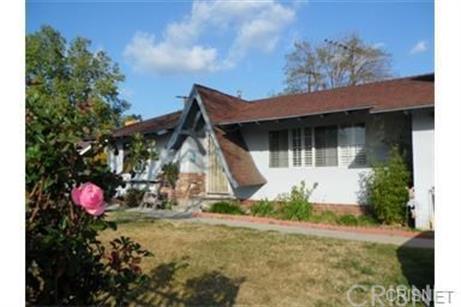 7916 Hanna Avenue, Canoga Park, CA 91304