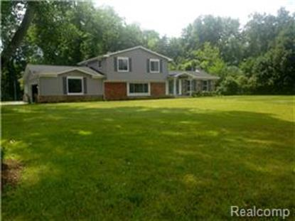 28021 W KALONG CIRCLE  Southfield, MI MLS# 214084070