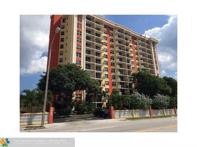 1800 N ANDREWS AV, Fort Lauderdale, FL 33311