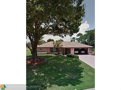 610 MAC LANE  Sebring, FL MLS# F1359723