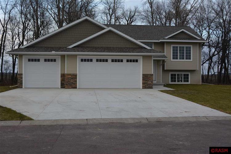 38 Balsam Ln, Madison Lake, MN 56063