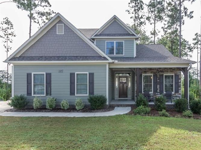 340 Wiregrass Lane, Southern Pines, NC 28387