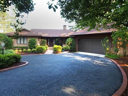 325 SW Lake Forest Drive Pinehurst, NC MLS# 170405