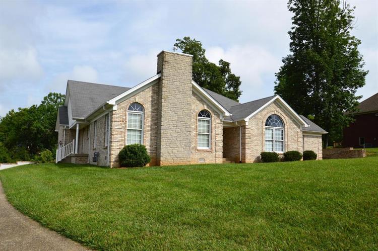 656 Kingswood Dr, Taylorsville, KY 40071