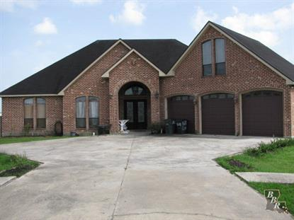 285 LAKE PENCHANT COURT  Houma, LA MLS# 119006
