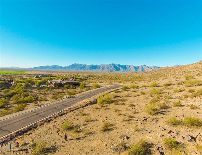 3116 Briarwood Terrace, Phoenix, AZ 85045