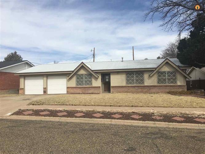 1910 W Avenue D, Muleshoe, TX 79347