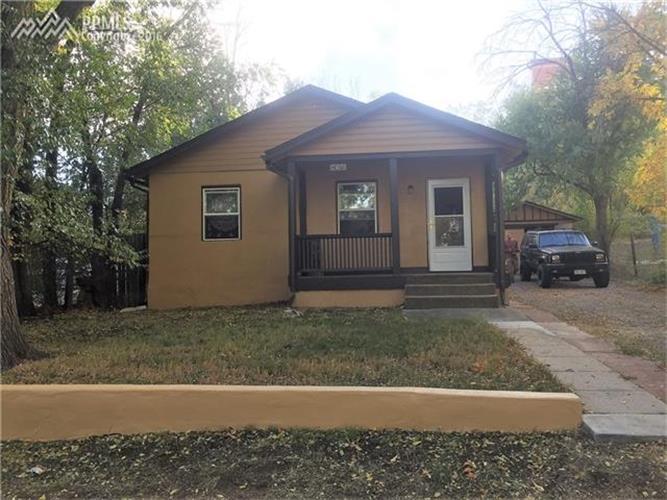 2405 Hagerman St, Colorado Springs, CO 80904