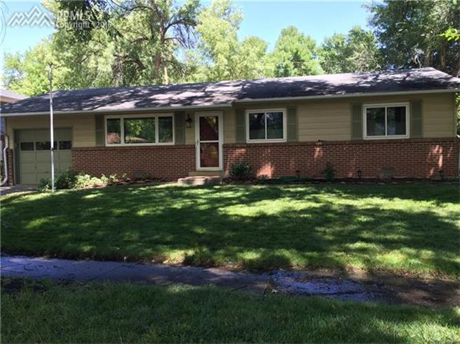 915 Chambers Dr, Colorado Springs, CO 80904