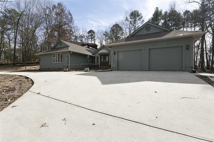 7 Calm Sea Drive, Salem, SC 29676