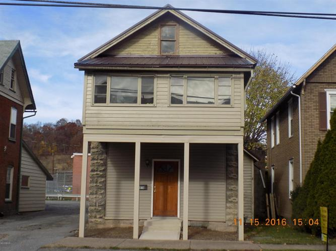 1610 Memorial Ave, Williamsport, PA 17701