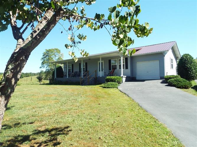 972 Robinson Creek Road, Lily, KY 40740