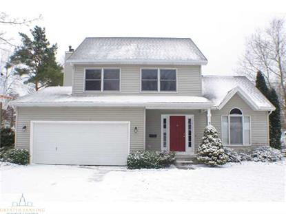 2108  HEIGHTS Lansing, MI MLS# 77872