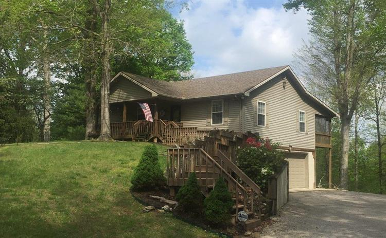 410 Lakeview Dr, Monticello, KY 42633