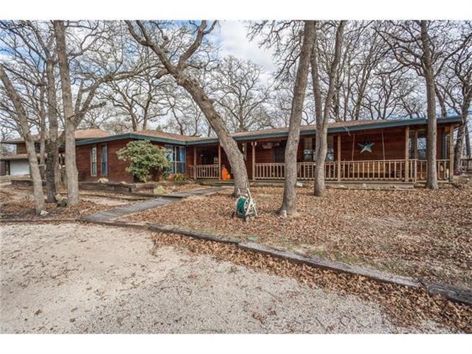 266 Mundine Rd, Elgin, TX 78621