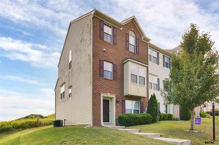 83 Forest View Terrace, Hanover, PA 17331