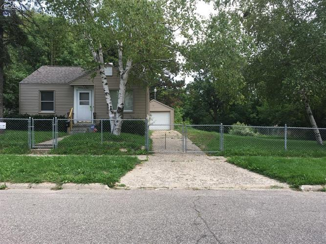 1309 Clancy Avenue, Flint, MI 48503