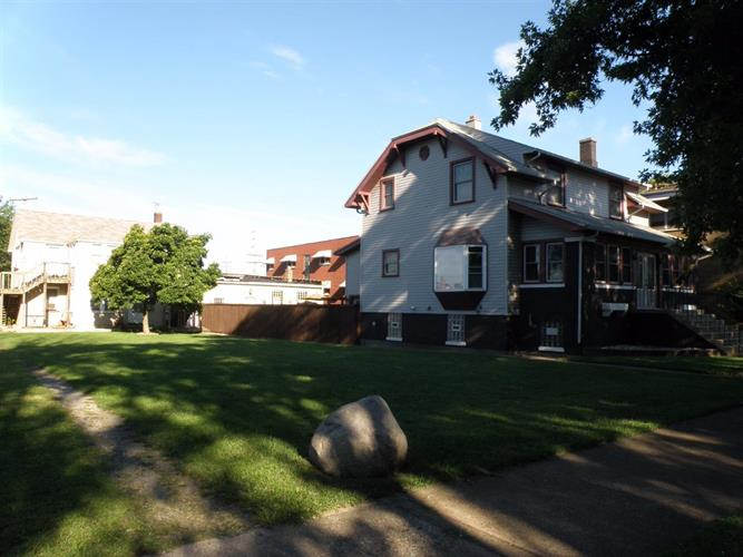 1510 Lake Ave, Whiting, IN 46394