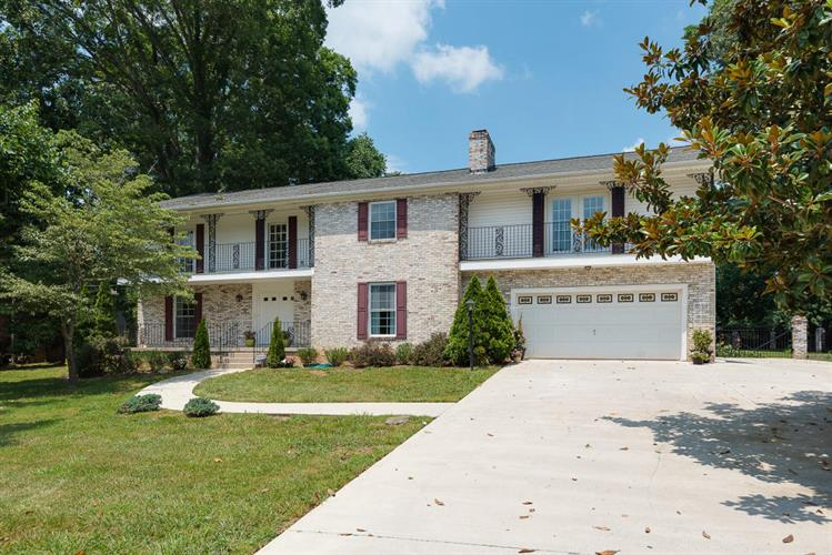 11529 N Monticello Drive, Knoxville, TN 37934