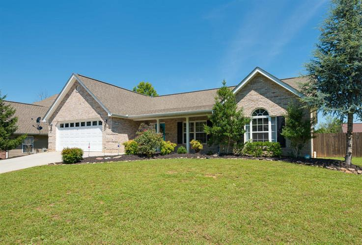 4555 Waldon Pond Lane, Corryton, TN 37721