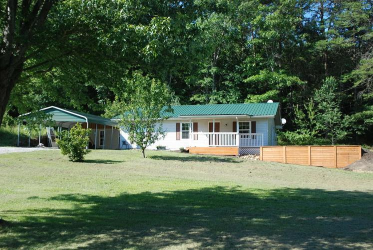 688 Ridge Gap Rd, Rockwood, TN 37854