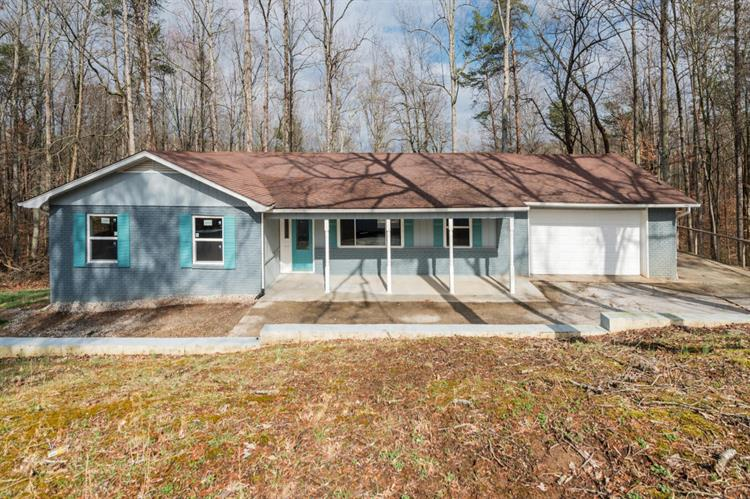 6505 Cate Rd, Powell, TN 37849