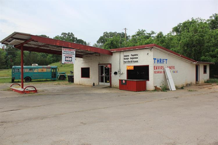 1471 Highway 95, Lenoir City, TN 37771